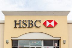 HSBC trims mortgage rates